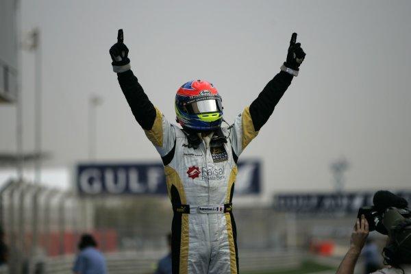 2008 GP2 Asia Series. Saturday Race.Bahrain International Circuit. Sakhir, Bahrain. 5th April. Romain Grosjean (FRA, ART Grand Prix) celebrates victory. World Copyright: Alastair Staley/GP2 Series Media Service. Service ref:__MG_3545 jpg