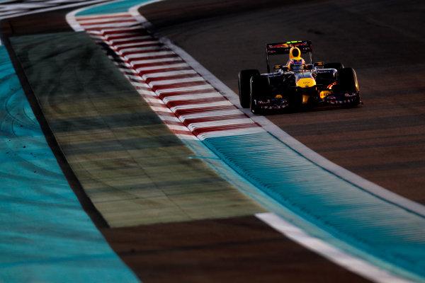 Yas Marina Circuit, Abu Dhabi, United Arab Emirates12th November 2011.Mark Webber, Red Bull Racing RB7 Renault. Action. World Copyright:Glenn Dunbar/LAT Photographic ref: Digital Image _G7C4357