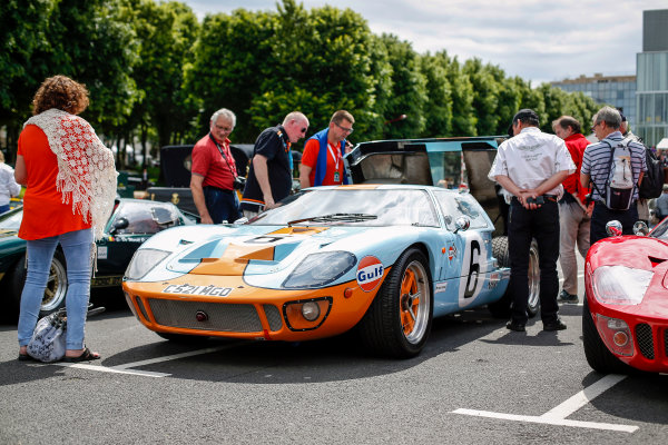 Le Mans Driver's Parade 2016. Friday 17 June 2016 Gulf Ford GT40.  Photo: Adam Warner / LAT ref: Digital Image _L5R3941