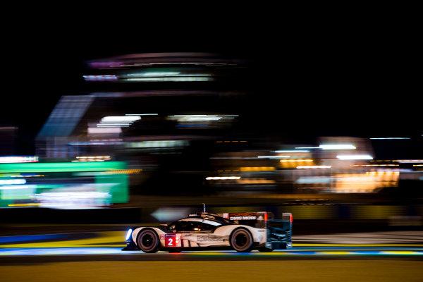 2016 Le Mans 24 Hours. Circuit de la Sarthe, Le Mans, France. Saturday 18 June 2016.Porsche Team / Porsche 919 Hybrid - Romain Dumas (FRA), Neel Jani (CHE), Marc Lieb (DEU).  World Copyright: Zak Mauger/LAT Photographic ref: Digital Image _79P8185