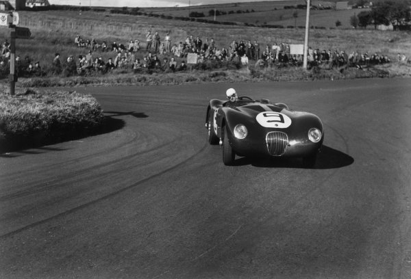 Dundrod, Northern Ireland. 15th September 1951 Tony Rolt/Leslie Johnson (Jaguar C type), 4th position, action. World Copyright: LAT Photographic Ref:  51 - 55 - 18A-19.