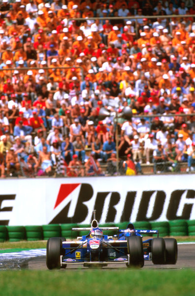 Hockenheim, Germany.25-27 July 1997.Jacques Villeneuve (Williams FW19 Renault) failed to finish after tangling with Trulli and spinning off.Ref-97 GER 19.World Copyright - LAT Photographic