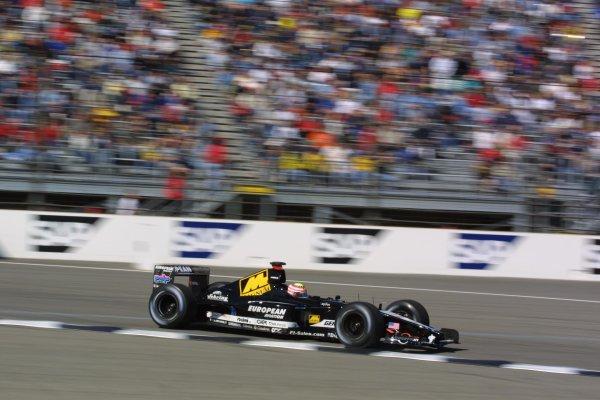 2001 American Grand Prix - Saturday / QualifyingIndianapolis Motor Speedway, Indianapolis. America. 29th September 2001Alex Yoong, European Minardi PS01, action.World Copyright - LAT Photographicref: 8 9 MB Digital