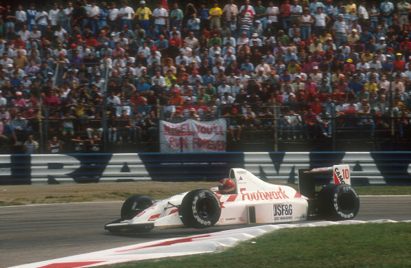 1990 Italian Grand Prix.Monza, Italy.7-9 September 1990.Alex Caffi (Arrows A11B Ford) 9th position.Ref-90 ITA 05.World Copyright - LAT Photographic