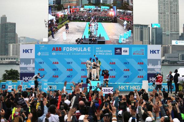Lucas Di Grassi (BRA), Audi Sport ABT Schaeffler, 3rd position, takes a podium selfie with race winner Sam Bird (GBR), Envision Virgin Racing and Edoardo Mortara (CHE) Venturi Formula E, 2nd position with the fans in the background