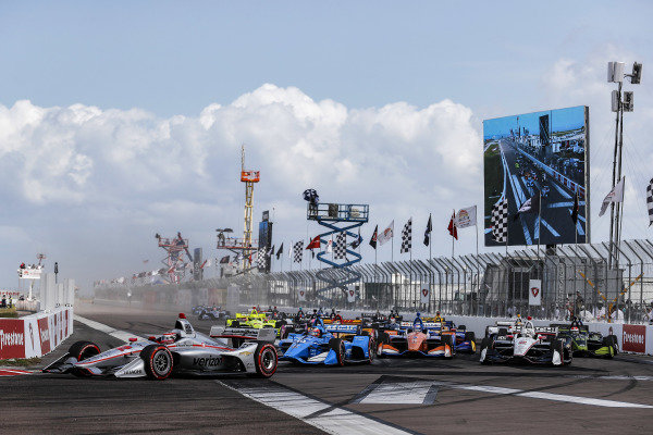 Will Power, Team Penske Chevrolet leads at the start