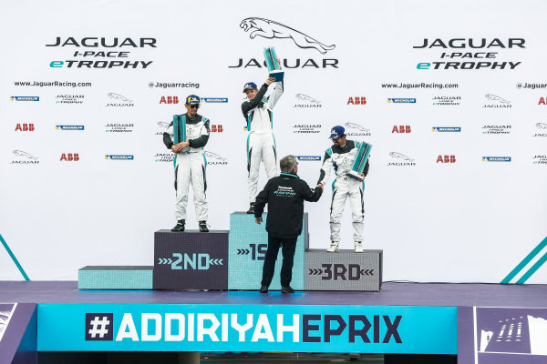 The AM podium: Winner Alice Powell (GBR), Jaguar VIP car, 2nd position Bandar Alesayi (SAU), Saudi Racing and 3rd position Ahmed Bin Khanen (SAU), Saudi Racing