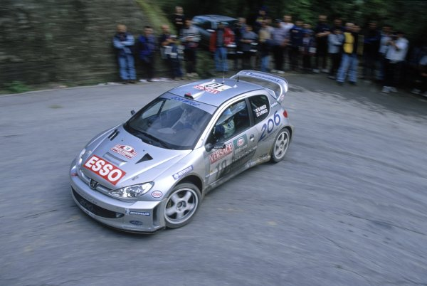 2000 World Rally Championship.Sanremo Rally, Italy. 20-22 October 2000.1st position.Gilles Panizzi/Herve Panizzi (Peugeot 206 WRC), 1st position.World Copyright: LAT PhotographicRef: 35mm transparency 2000RALLY12