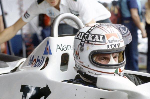 1981 Argentinian Grand Prix.Buenos Aires, Argentina. 10-12 April 1981.Alan Jones (Williams FW07C-Ford Cosworth), 4th position. Portrait, helmet.World Copyright: LAT PhotographicRef: 35mm transparency 81ARG07