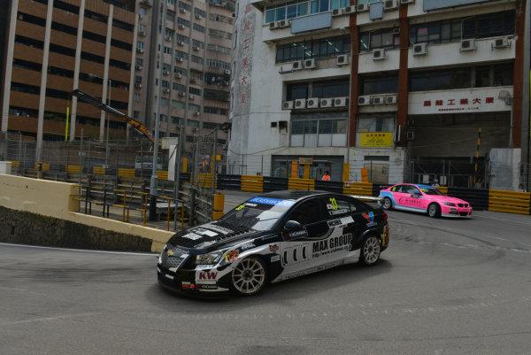 2013 World Touring Car Championship. Round 12 - Circuit de Guia, Macau, China. Sunday 17 November 2013. Race1, Yukinori Taniguchi (JAP) Chevrolet Cruze 1.6 T, Nika Racing. World Copyright: XPB Images / LAT Photographic. ref: Digital Image PHOTO4_560588