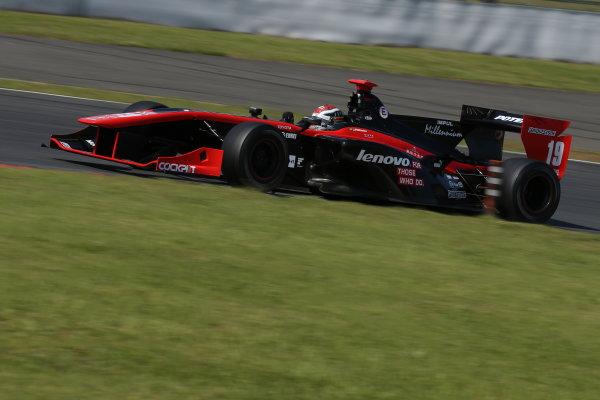 2014 Super Formula Series. Fuji, Japan. 17th - 18th May 2014. Rd 2. Race 2 - 2nd position Joao Paulo de Oliveira ( #19 Lenovo TEAM IMPUL SF14 ) action World Copyright: Yasushi Ishihara / LAT Photographic. Ref: 2014SF_Rd2_026.JPG