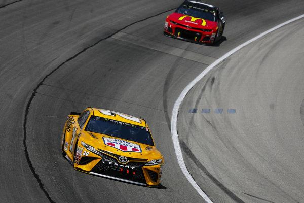 #20: Erik Jones, Joe Gibbs Racing, Toyota Camry DeWalt and #1: Jamie McMurray, Chip Ganassi Racing, Chevrolet Camaro McDonald's/Cessna