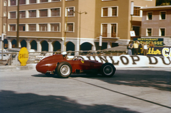 Monte Carlo, Monaco. 16-19 May 1957. Wolfgang von Trips (Lancia-Ferrari D50 801) during practice. Ref: 57MON22. World Copyright - LAT Photographic