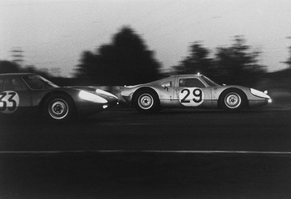Le Mans, France. 20th - 21st June 1964. Edgar Barth/Herbert Linge (Porsche 904/8), retired, leads Ben Pon/Henk van Zalinge (Porsche 904 GTS), 8th position, action.  World Copyright: LAT Photographic. Ref: 110268 - 12.