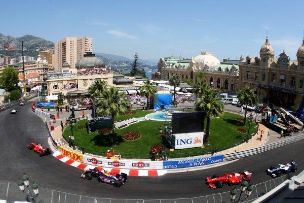 The start of the race. Formula One World Championship, Rd 6, Monaco Grand Prix, Race, Monte-Carlo, Monaco, Sunday 24 May 2009. BEST IMAGE