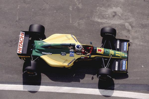 1992 Spanish Grand Prix.Catalunya, Barcelona, Spain. 1-3 May 1992.Mika Hakkinen (Lotus 102D Ford).Ref-92 ESP 31.World Copyright - LAT Photographic