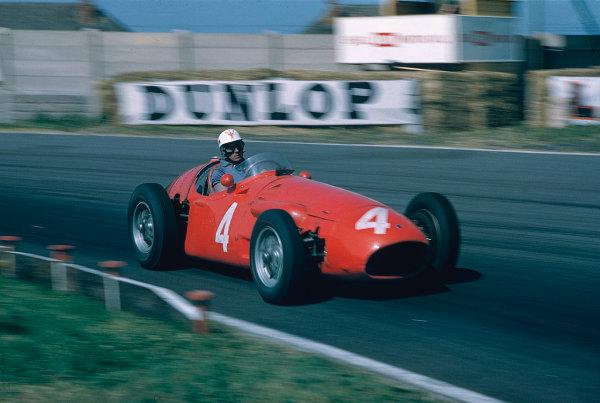 1955 British Grand Prix.Aintree, England.14-16 July 1955.Luigi Musso (Maserati 250F) 5th position.Ref-55 GB 04.World Copyright - LAT Photographic