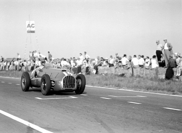 1950 French Grand Prix.Reims-Gueux, France. 2 July 1950.Peter Whitehead (Ferrari 125). Ref: B&W negative no. C27336.World Copyright: LAT Photographic