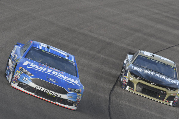 #17: Ricky Stenhouse Jr., Roush Fenway Racing, Ford Fusion Fastenal, #3: Austin Dillon, Richard Childress Racing, Chevrolet Camaro Dow UCON