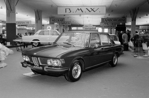 BMW 2500.