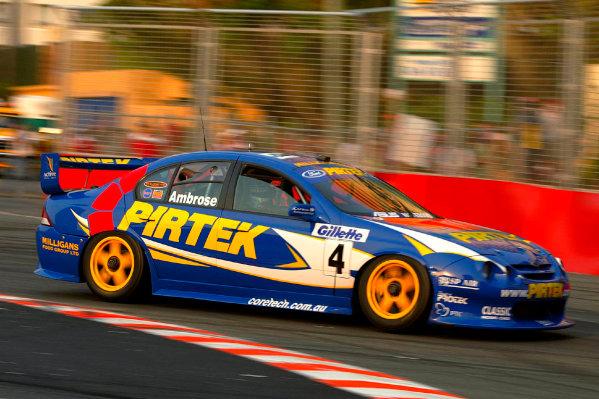 2002 Australian V8 SupercarsSurfers Paradise, Australia. 27th October 2002.World Copyright: Mark Horsburg/ LAT Photographicref: Digital Image Only