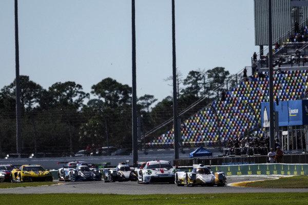 #38 Performance Tech Motorsports ORECA LMP2 07, LMP2: Cameron Cassels, Kyle Masson, Robert Masson, Don Yount, #911 Porsche GT Team Porsche 911 RSR - 19, GTLM: Matt Campbell, Nick Tandy, Fred Makowiecki, restart