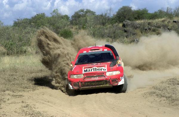 2001 World Rally Championship.Nairobi, Kenya. July 20-22, 2001Tommi Makinen kicks up the dust in section 6.Photo: Ralph Hardwick/LAT