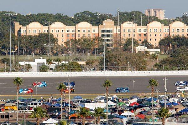 The start of the race. Rolex 24 at Daytona, Daytona, USA, 24-27 January 2013.