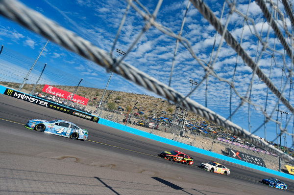 Monster Energy NASCAR Cup Series Can-Am 500 Phoenix Raceway, Avondale, AZ USA Sunday 12 November 2017 Kevin Harvick, Stewart-Haas Racing, Busch Light Ford Fusion World Copyright: Nigel Kinrade LAT Images