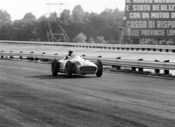 1955 Italian Grand Prix.Monza, Italy. 9-11 September 1955.Piero Taruffi (Mercedes-Benz W196), 2nd position, action.Ref-338 #10World Copyright - LAT Photographic