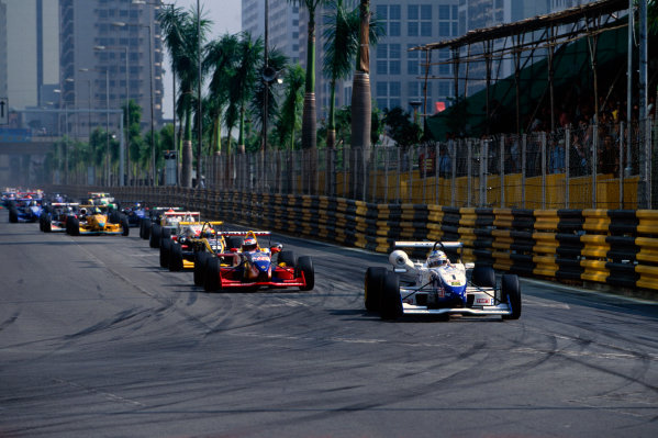 Guia, Macau. China. 19th - 21st November 1999.Jenson Button, Promatecme Dallara - Renault, 3rd position, action.World Copyright: Lorenzo Bellanca/LAT Photographic.