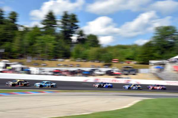 Monster Energy NASCAR Cup Series Overton?s 301 New Hampshire Motor Speedway, Loudon, NH USA Sunday 16 July 2017 Jamie McMurray, Chip Ganassi Racing, GearWrench Chevrolet SS and Kevin Harvick, Stewart-Haas Racing, Busch Beer Ford Fusion World Copyright: Nigel Kinrade LAT Images