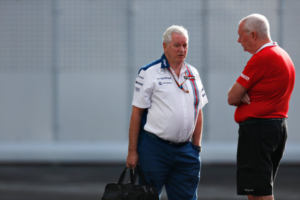 Autodromo Hermanos Rodriguez, Mexico City, Mexico. Friday 30 October 2015. John Booth, Team Principal, Manor F1, and Pat Symonds, Chief Technical Officer, Williams F1. World Copyright: Alastair Staley/LAT Photographic. ref: Digital Image _79P5467