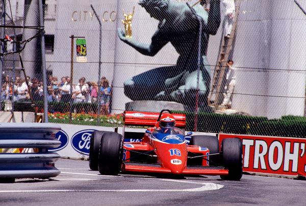 1986 United States Grand Prix. Detroit, Michigan, USA. 20-22 June 1986. Eddie Cheever (Team Haas/Lola THL2 Ford). Ref-86 USA 28. World Copyright - LAT Photographic