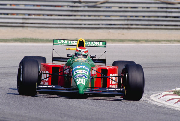 1990 San Marino Grand Prix.Imola, Italy.11-13 May 1990.Nelson Piquet (Benetton B190 Ford) 5th position.Ref-90 SM 29.World Copyright - LAT Photographic