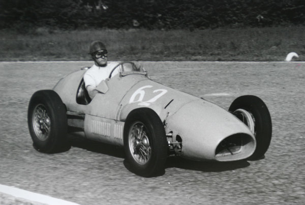 1952 Italian Grand Prix.Monza, Italy. 7 September 1952.Louis Rosier (Ecurie Rosier Ferrari 500). Ref-52/51 #21A.World Copyright - LAT Photographic