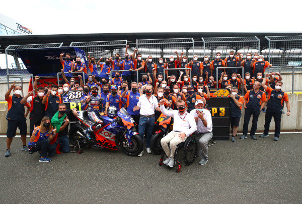 Miguel Oliveira, Red Bull KTM Tech 3 , Pol Espargaro, Red Bull KTM Factory Racing celebrate with teams members.