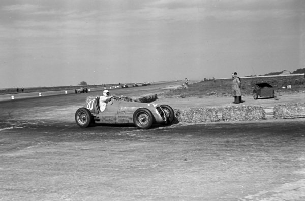 Emmanuel de Graffenried, Maserati 4CL.
