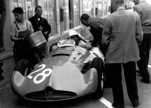 1956 French Grand Prix.Reims, France. 29/6-1/7 1956.Maurice Trintignant (Bugatti Type 251).World Copyright - LAT Photographic