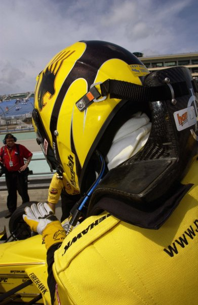 2003 IRL IndyCar Homestead, 2/28-3/2,2003, Homestead-Miami Speedway, USA Sam Hornish,Jr. pulls on his gloves for qualifying.World Copyright-F Peirce Williams 2003 LAT Photographicref: Digital Image Only