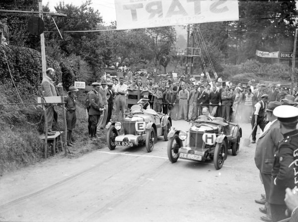 George Eyston (left) and Eddie Hall (right), both in MG Midgets, wait on the start line.