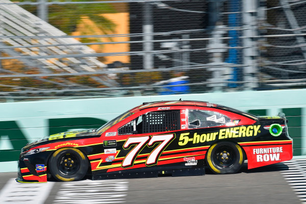 Monster Energy NASCAR Cup Series Ford EcoBoost 400 Homestead-Miami Speedway, Homestead, FL USA Saturday 18 November 2017 Erik Jones, Furniture Row Racing, 5-hour ENERGY Extra Strength Toyota Camry World Copyright: Nigel Kinrade LAT Images