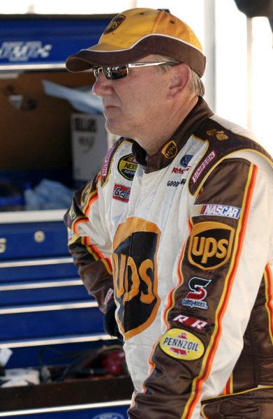 Dale Jarrett (USA), UPS Ford. NASCAR Nextel Cup, Rd25, California Speedway, Fontana, California, USA. 3 September 2006.DIGITAL IMAGE