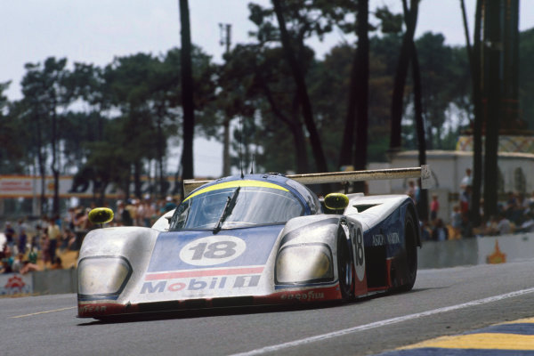 Le Mans, France. 10th - 11th June 1989. Brian Redman/Costas Los/Michael Roe (Aston Martin AMR1), 11th position, action.  World Copyright: LAT Photographic Ref: 89LM01.