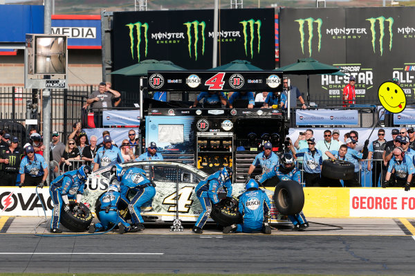 Monster Energy NASCAR Cup Series Monster Energy NASCAR All-Star Race Charlotte Motor Speedway, Concord, NC USA Friday 19 May 2017 Kevin Harvick, Stewart-Haas Racing, Busch Bucks Ford Fusion World Copyright: Matthew T. Thacker LAT Images ref: Digital Image 17CLT1mt1338