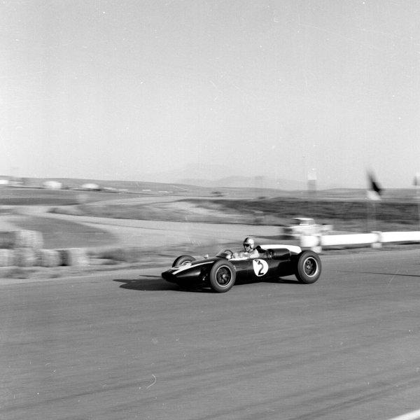 1960 United States Grand Prix.Riverside, California, USA.18-20 November 1960.Jack Brabham (Cooper T53 Climax) 4th position. World Champion.Ref-7473.World Copyright - LAT Photographic