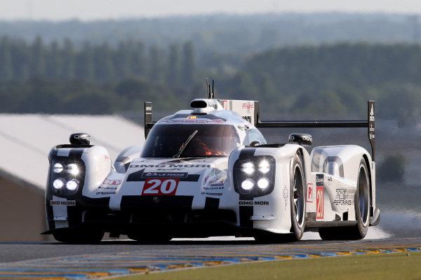 Timo Bernhard (GER) / Mark Webber (AUS) / Brendon Hartley (NZL) Porsche Team Porsche 919 Hybrid. Le Mans 24 Hours, Le Mans, France, 12-14 June 2014.