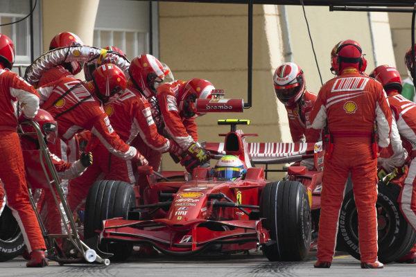 A pit stop for Felipe Massa, Ferrari F2008