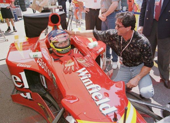 1998 Monaco Grand Prix.Monte Carlo, monaco.21-24 May 1998.Jacques Villeneuve (Williams Mecachrome) meets Sylvester Stallone in the pitlane before practice.World Copyright - Steve Etherington/LAT Photographic