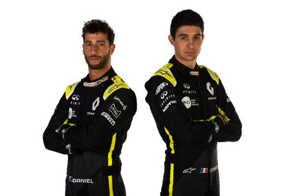 (L to R): Daniel Ricciardo (AUS) Renault F1 Team with team mate Esteban Ocon (FRA) Renault F1 Team. Copyright: James Moy/XPB/Renault F1